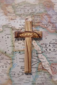 Olive tree cross from Jerusalem (2) (Small)