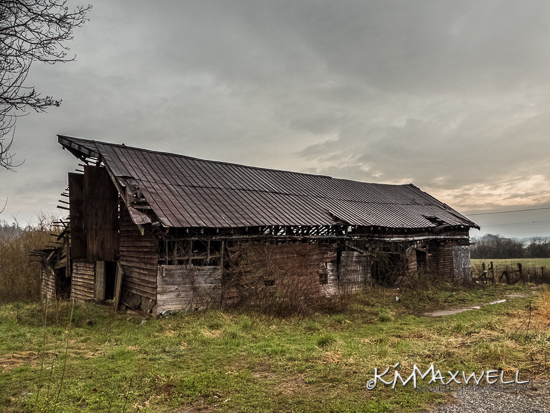 Tracy Grove Barn 03-09-2019 07.28.48-sm